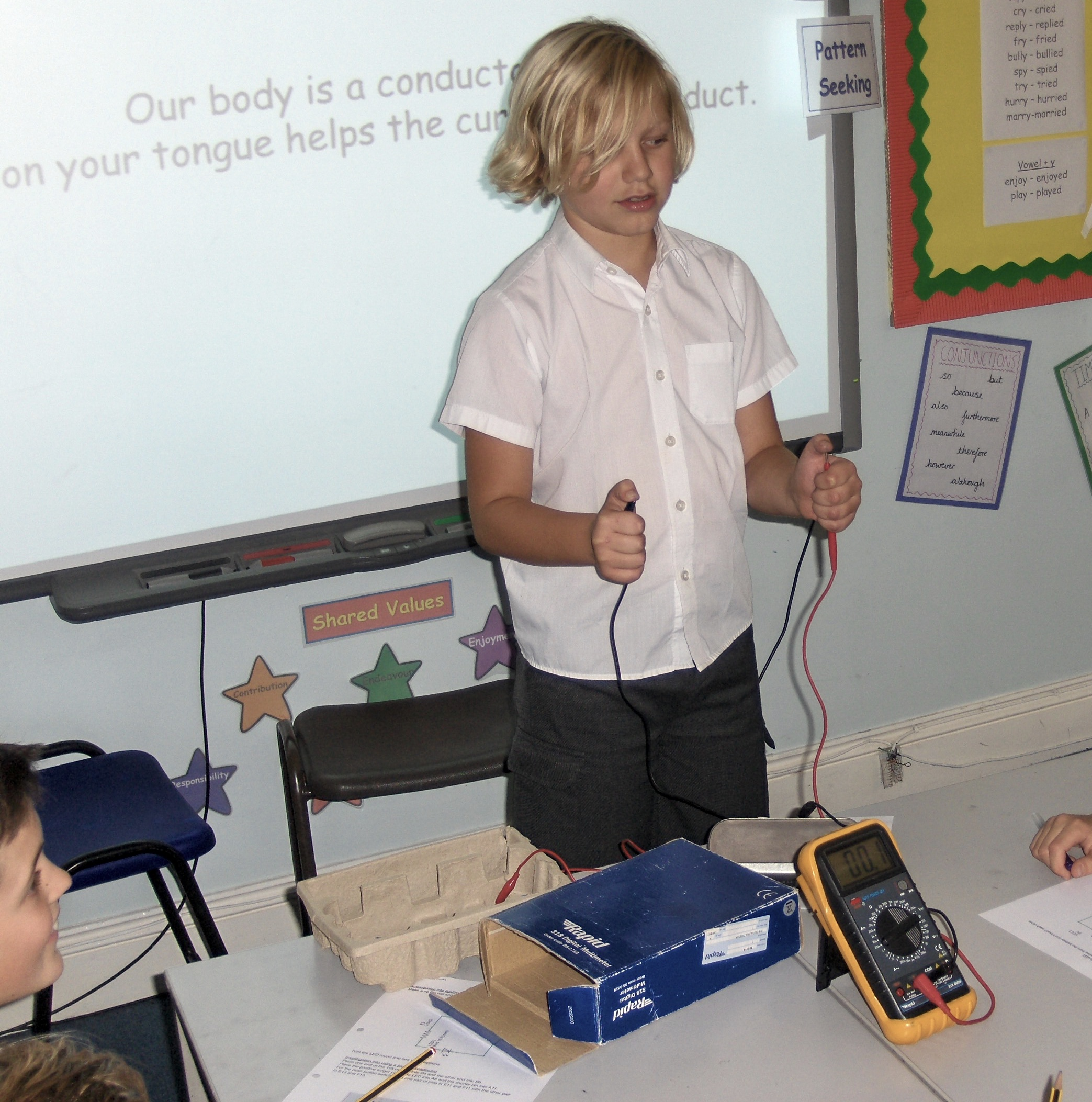 """ Measuring current from hand to hand"